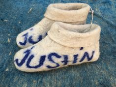 Unisex white felt slippers special FOR your name, felted wool slippers, special name felted shoes, slippers, handmade shoes, Christmas by FeltFabrica on Etsy