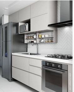 That beautiful inspiration from the clean kitchen By: @ … – Regular Clean Kitchen Cabinets Kitchen Design Open, Country Kitchen Designs, Kitchen Cabinet Design, Interior Design Kitchen, Studio Interior, Apartment Kitchen, Living Room Kitchen, Apartment Interior, Home Decor Kitchen