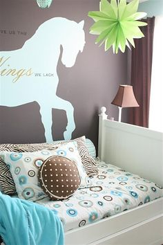 feature friday sarahs yellow cape cod horse bedroomstheme - Horse Bedroom Ideas