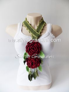 Cordão Leaves Duo Poncho, Crochet Necklace, Crochet Patterns, Jewelry, Fashion, Crochet Collar, Floral Scarf, Pink Necklace, Lace Necklace