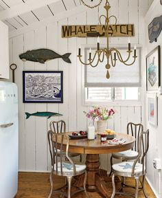 New England blog--love this whale/nautical inspired room for a beach cottage
