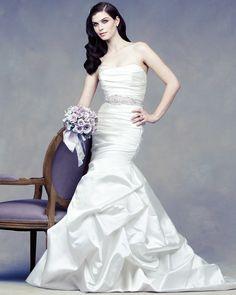 Paloma Blanca Bridal Classics Collection – Style 4313