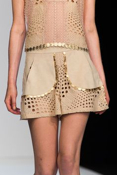 Angelo Marani at Milan Fashion Week Spring 2016 - Details Runway Photos