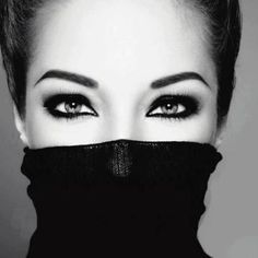 eyes and eye brows Izabeth Check this out! Though she covered half of her face, you can tell she's beautiful because of her eyes and brows. Beauty Make-up, Beauty Hacks, Hair Beauty, Beauty Tips, Beauty Products, Foto Portrait, Portrait Photography, Photography Jobs, Fashion Photography