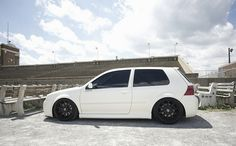 Rudis R32 by killerbee11682, via Flickr
