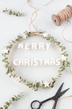 Tinker eucalyptus wreath with embroidery hoop and salt dough - the perfect Christmas decoration for Christmas Sweets, All Things Christmas, Christmas Time, Christmas Crafts, Christmas Decorations, Christmas Stall Ideas, Cute Crafts, Diy And Crafts, Salt Dough Decorations