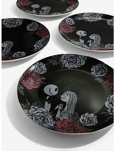 The Nightmare Before Christmas Roses Large Plate SetThe Nightmare Before Christmas Roses Large Plate Set, nightmarebeforechristmasshirts Nightmare Before Christmas Wedding, Nightmare Before Christmas Decorations, Halloween Table Decorations, Christmas Party Themes, Wedding Decorations, Christmas Baby Shower, Christmas Rose, 1980s Christmas, Halloween Kitchen