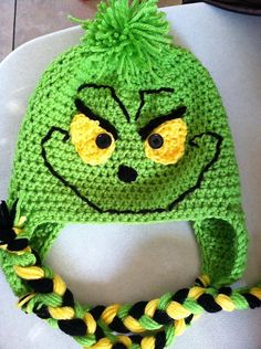 "Ravelry: Project Gallery for Christmas Thief pattern by Heidi Yates Check out the brand new hooded version of this design, ""Hooded Holiday Scarf"". Crochet Christmas Hats, Crochet Kids Hats, Crochet Beanie, Crochet Crafts, Crochet Yarn, Crocheted Hats, Diy Crafts, Grinch, Ravelry"