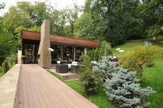 Brasov Designist 32 Traseu DESIGNIST de weekend: unde să mergi în Brașov! Romania, Travel Tips, Places To Visit, Architecture, Outdoor Decor, Design, Home Decor, Restaurants, Arquitetura