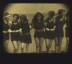 1920s bathing beauties funny how they look a lot like our average women now...