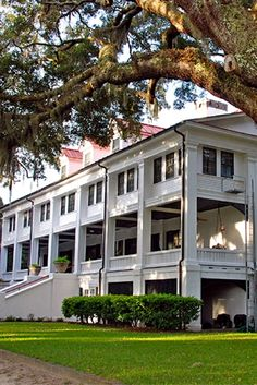 Luxury Hotel in Golden Isles, #Georgia: Serene retreat on barrier island with 16 rustic but comfortable wood-paneled rooms in original private hunting lodge and outlying cottages. Choose The Lodge on Little St. Simons Island's brighter, cheerful Helen House, Tom House or Michael Cottage. Lounge has a massive stone fireplace, bookshelves and open bar. #hideawayoftheday