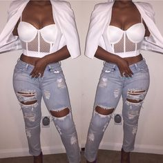 I remember I used to have one of these bustier. I had one in white too. The come back. Don't like it with the pants.