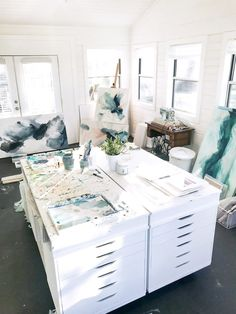 filled with light and a big work table build around Ikea Alex drawers. - Home Decor -DIY - IKEA- Before After Studio Apartment Design, Art Studio Design, Studio Interior, Studio Spaces, Interior Design, Home Art Studios, Art Studio At Home, Studio Shed, Studio Studio