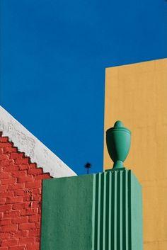 Franco Fontana, Los Angeles, 1990 #america #unitedstates #architecture #losangeles #francofontana #architecture #design