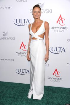 Stacy Keibler attends the Annual Accessories Council ACE Awards At Cipriani Street on November 2013 in New York City. White Gowns, White Dress, Stacy Keibler, Sleek Ponytail, Red Carpet Looks, Red Carpet Fashion, Maryland, Sexy Dresses, Celebrity Style