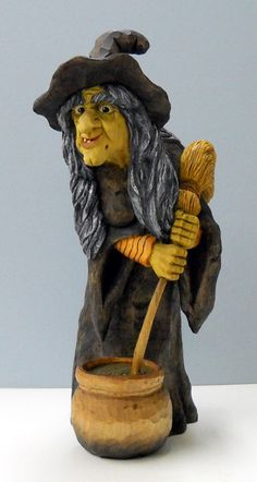 Dale Green Woodcarving - Some useful carving tips but mostly a display of nice work.