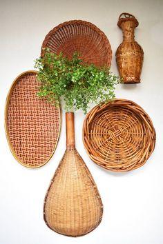 Baskets On Wall, Wall Basket, Wicker Baskets, Coastal Decor, Boho Decor, Bohemian Wall Art, Basket Decoration, Creative Decor, My New Room