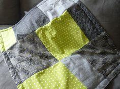Plaid bébé en coton molletonné fin 70x85cm. 56,€