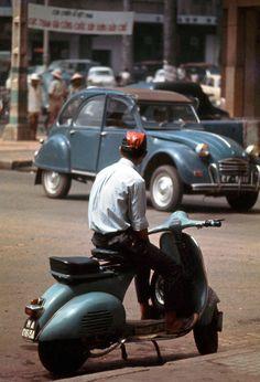 SAIGON 1960s by art_photo - Góc Tự Do-Lê Lợi, bên phải là Café Givral | bởi manhhai