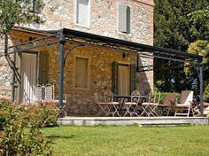 Anbau Terrassenüberdachung aus Eisen MALATESTA Linie Classico by UNOSIDER