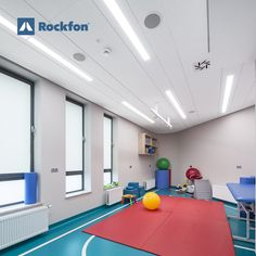 Rockfon acoustic ceilings and wall tiles don't just reduce noise, some even reflect daylight to save energy and create a pleasant, healthy environment. A noisy healthcare institution is an unhealthy one. Patients sleep less and recover more slowly. Staff struggle to hear, concentrate and communicate, compromising patient care. And they're more stressed, contributing to burnout. #rockfon #acousticceilings #ceilingdesign #interiordesign #designforhospitals #designideas #healthcaredesign… Acoustic Design, Online Training Courses, Healthcare Design, Healthy Environment, Childrens Hospital, Ceiling Design, Save Energy, Wall Tiles, Ceilings