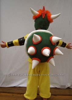 Karly: I made this costume completely from scratch for my son, Henry. He is obsessed with the villain, Bowser (aka King Koopa) from the Mario Brothers video games. Halloween Cans, Halloween Costume Contest, Halloween 2017, Bowser Costume, Luigi Costume, Homemade Costumes, Diy Costumes, Costume Ideas, Mario Bros