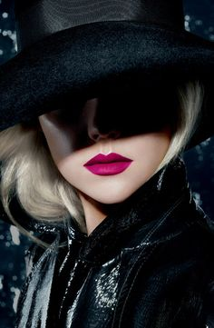 M·A·C 'Retro Matte' Lipstick in Flat Out Fabulous... This bad boy is mine ...
