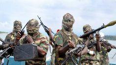 Boko Haram queima bandeira da Nigéria e diz o que maior país de África está morto http://angorussia.com/noticias/mundo/boko-haram-queima-bandeira-da-nigeria-e-diz-o-que-maior-pais-de-africa-esta-morto/