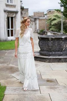 Friday Fashion: Introducing Vicky Rowe Vintage Wedding Elegance.