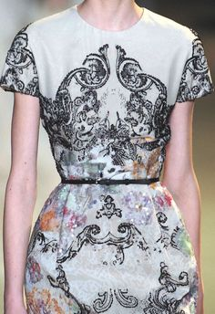 "stamp tye dye   PRINTS AND PATTERNS INTO PARIS CATWALKS: ""HAUTE COUTURE"" SPRING/SUMMER 2013 / Elie Saab."