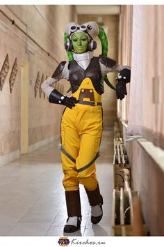 Ukrainian cosplayer Feyische looks absolutely fantastic as Hera Syndulla from Star Wars Rebels. It's always interesting when we see characters from popular