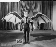 Flying Monkey Costume Screen Test - The Wizard of Oz Flying Monkey Costume, Monkey Costumes, Book Costumes, Costume Ideas, Katharine Hepburn, Winged Monkeys, Wizard Of Oz 1939, Beloved Film, Fritz Lang
