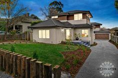 House in Rosanna, Melbourne. Photography by CT Creative. Real Estate Photography, Facades, Melbourne, Garden Ideas, Mansions, House Styles, City, Creative, Home Decor