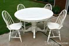 DIY Furniture : DIY Distressed Pedestal Table