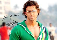 Bollywood Famous Actor Hrithik Roshan Latest Pic's And Wallpapers