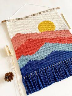 Crochet Wall Art, Crochet Wall Hangings, Crochet Home Decor, Crochet Hooks, Crochet Fall, Free Crochet, Crochet Designs, Crochet Patterns, Crochet Ideas