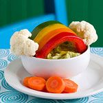 Over the Veggie Rainbow: This Saint Patrick's Day snack provides a golden opportunity to entice your kids to eat fresh vegetables. Will they eat it? Healthy Eating Tips, Healthy Snacks, Healthy Recipes, Healthy Kids, Cute Food, Good Food, St Patrick Day Snacks, Food Humor, Kid Friendly Meals