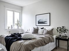 Home Decor Bedroom, Interior Design Living Room, Minimalist Room, New Room, House Rooms, Cheap Home Decor, Room Inspiration, Home Remodeling, Decoration