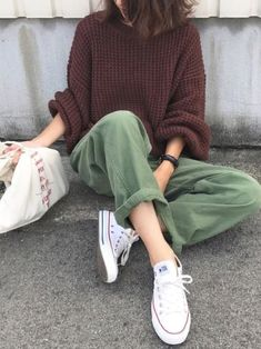 Hippie Outfits 535998793149229942 - La vie, la mode, l'amour… Source by piperhayworth Indie Outfits, Winter Outfits, Casual Outfits, Cute Outfits, Fashion Outfits, Womens Fashion, Fashion Ideas, Fashion Shoes, Converse Fashion