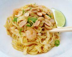 Thajské street food nudle PAD THAI Street Food, Spaghetti, Ethnic Recipes, Vietnam, Blog, Asia, Fine Dining, Blogging, Noodle