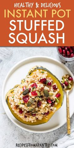 recipe for Instant Pot Stuffed Squash is full of classic fall flavour. Plus it's healthy, hearty and SO easy to make! A perfect meal for those chilly autumn nights. Best Instant Pot Recipe, Instant Pot Dinner Recipes, Side Dish Recipes, Lunch Recipes, Appetizer Recipes, Vegetarian Recipes, Healthy Recipes, Fast Recipes, Healthy Dinners