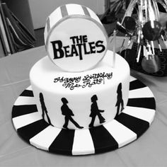 The Beatles cake!