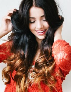 Love the wavy/curly hair with a pinch of a subtle caramel and dark brown ombre #hair #hairstyle #beauty
