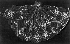 Hairnet made of silk (1300), Gemanisches National Museum, Nurmberg