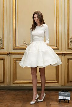 Delphine Manivet Signature Collection robe Alexis - wedding dress - robe de mariée courte et manches longues