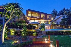 Serpentine Residence by Turner. Stunning elevation.