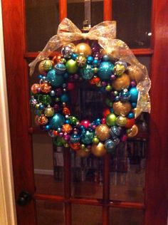 Easy and gorgeous wreath!