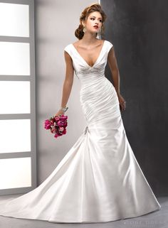 Trumpet /Mermaid  V-neck Lace-Up Satin   Wedding Dress Dreamy 2014 New Arrival Style at Storedress.com