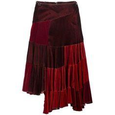 Preowned Comme Des Garçons Red Velvet Asymmetric Patchwork Skirt (15.165 ARS) ❤ liked on Polyvore featuring skirts, red, red velvet skirt, comme des garçons, patchwork skirt, asymmetrical skirt and red skirt
