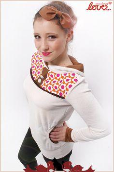 Hoodie Helène- Nicki Creme Prilblumen von mydearlove® - shop auf DaWanda.com